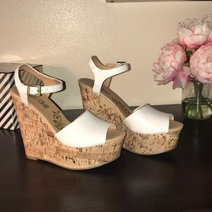 White Wedges New
